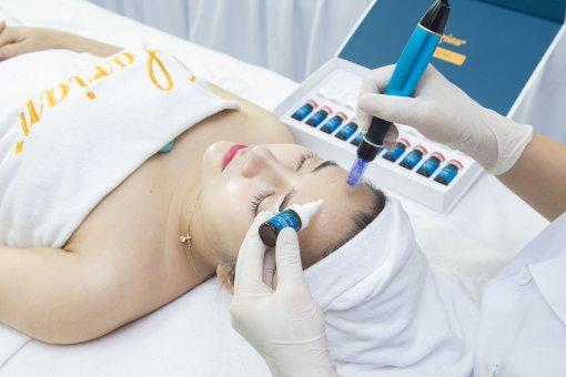 Tế bào gốc trị sẹo rỗ larian rejuvenating